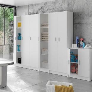 Armario multiusos 3 puertas con escobero Blanco. altillo, 3 estantes regulables en altura, armario auxiliar barato. Sayez